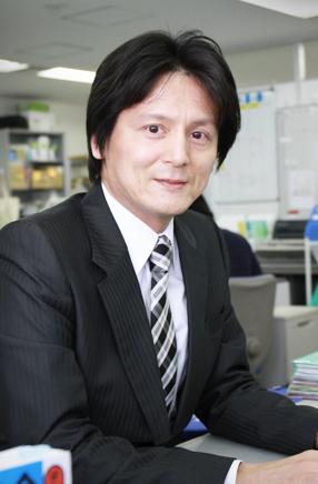 代表  原田 康伸